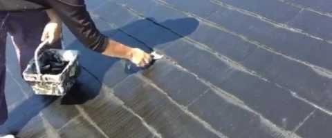 外壁塗装埼玉県白岡市新白岡より コロニアル屋根タスペーサー取り付け作業