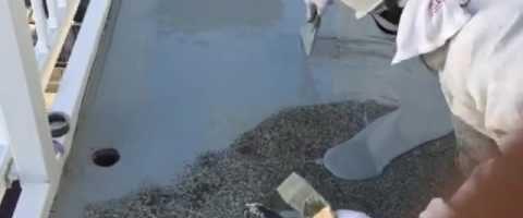 外壁塗装埼玉県吉見町下細谷より 共用廊下床ウレタン防水作業