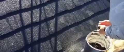 外壁塗装東京都東村山市野口町より コロニアル屋根タスペーサー取り付け作業