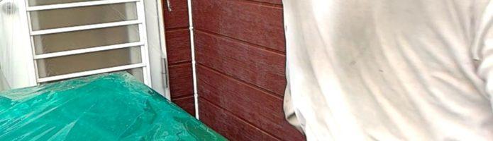 外壁塗装埼玉県川越市木野目より サイディング壁の中塗り作業