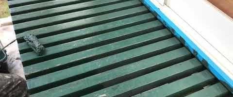 外壁塗装埼玉県川越市伊勢原町より 濡れ縁上塗り作業