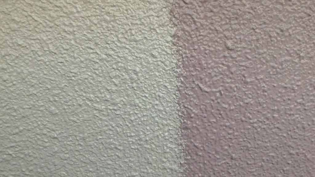 外壁上塗り2回目「色替え工法」