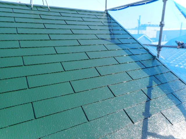コロニアル屋根の上塗り2回目