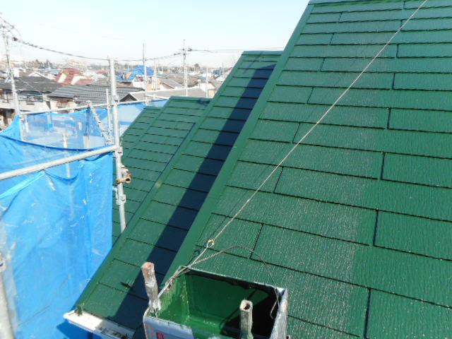 コロニアル屋根の仕上げ塗装