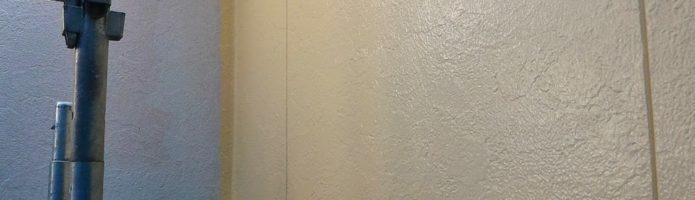 窯業系サイディングの上塗り作業を行いました