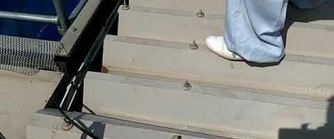 折半屋根のボルトキャップ外し 外壁塗装埼玉県川越市西小仙波町より