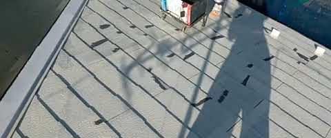 SPパワーサーモFでコロニアル屋根を塗装しました|外壁塗装埼玉県ふじみ野市清見現場で塗替えリフォーム施工中