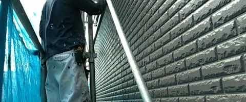 ダイヤカレイドの中塗りをしました 外壁塗装埼玉県川越市仙波町現場で塗替えリフォーム施工中