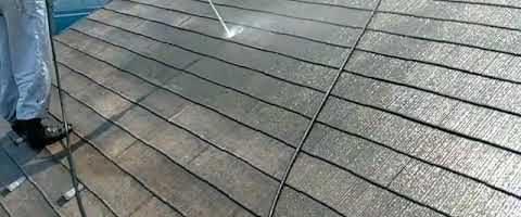 高圧洗浄で苔をキレイに洗い流しました|外壁塗装埼玉県所沢市こぶし町現場で塗替えリフォーム施工中