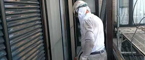 高圧洗浄作業|埼玉県川越市仙波町現場で塗替えリフォーム施工中
