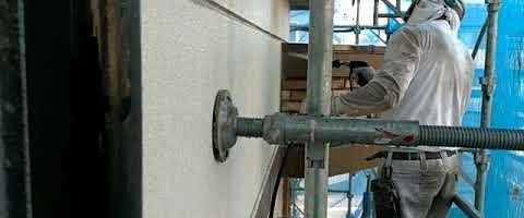 外壁を高圧洗浄しました|外壁塗装埼玉県川越市並木西町現場で塗替えリフォーム施工中