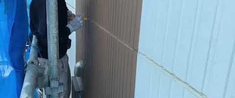 シーリング撤去作業|外壁塗装埼玉県富士見市鶴馬現場で塗替えリフォーム施工中