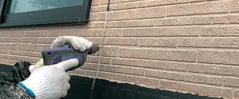 3Mスピーンカッターでシーリング撤去|外壁塗装埼玉県川越市上戸現場で塗替えリフォーム施工中