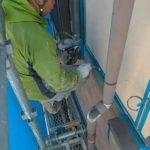 シーリングのプライマーを塗布しました|外壁塗装埼玉県川越市並木現場で塗替えリフォーム施工中