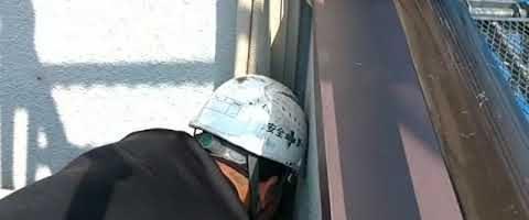 エアコンスリムダクト取り外し作業|外壁塗装埼玉県川越市下新河岸現場で塗替えリフォーム施工中