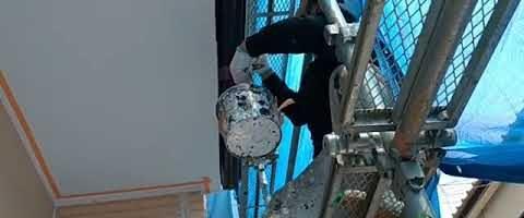 破風板塗装作業|埼玉県川越市旭町現場で塗替えリフォーム施工中