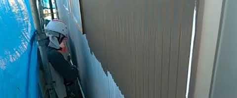 アステックシリコンフレックスⅡ上塗り1回目|埼玉県ふじみ野市苗間現場で塗替えリフォーム施工中
