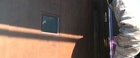 窯業系サイディングのシーリング作業 外壁塗装埼玉県川越市仙波町現場で塗替えリフォーム施工中