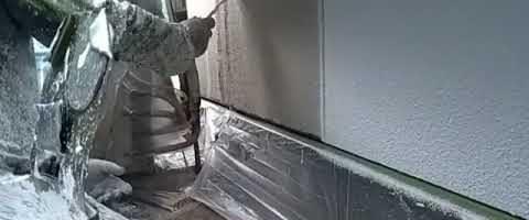 アステックホワイトフィラーを多孔質ローラーでパターン塗りしました|外壁塗装埼玉県川越市伊勢原町現場で塗替えリフォーム施工中
