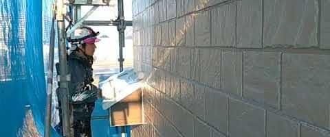 外壁をダイヤスーパーセランフレックスで塗装しました|外壁塗装埼玉県川越市南田島現場で塗替えリフォーム施工中