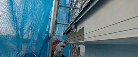 ニッペファインフッソで破風板を塗装しました|外壁塗装埼玉県川越市南田島現場で塗替えリフォーム施工中です