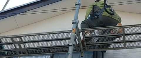 外壁の手直し作業|外壁塗装埼玉県入間郡三芳町藤久保現場で塗替えリフォーム施工中です