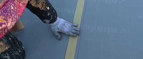 ジョイントテープ貼り作業l埼玉県川越市南台現場で塗替えリフォーム施工中