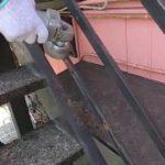 サンダーケレン作業l埼玉県川越市寺尾現場で塗り替えリフォーム施工中