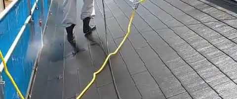 高圧洗浄作業l埼玉県川越市久下戸現場で塗り替えリフォーム施工中
