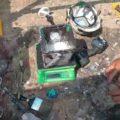 2液性塗料の配合攪拌作業l埼玉県川越市木野目現場で塗り替えリフォーム施工中