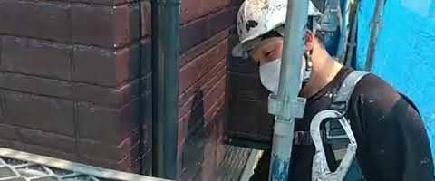 雨樋の上塗り作業l埼玉県川越市南田島現場で塗り替えリフォーム施工中